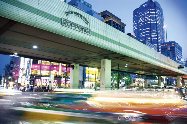 Roppongi gets tough on street touts