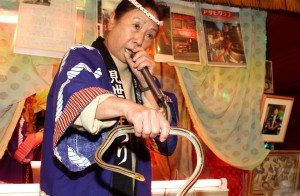 """On Friday, the traveling """"snake lady"""" was at the tori no ichi festival at Hanazono Shrine in Tokyo's Shinjuku Ward for the final time this year."""