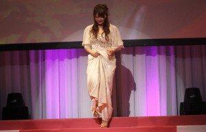 Shiori Kamisaki on stage
