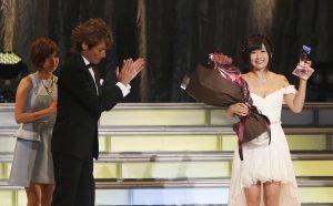 Hibiki Otsuki receives Best Actress at the DMM Adult Awards 2016