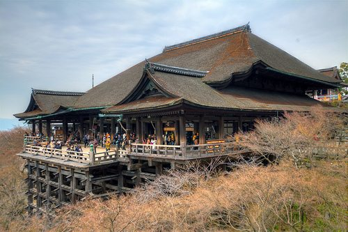 Kiyomizu Temple in Kyoto, via Flickr (Nam2@7676)