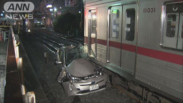 Tobu Tojo Line train crashed into a vehicle that tried to drive through a train crossing in Itabashi Ward on Tuesday
